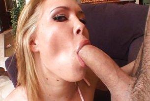 Sasha Knox napalona na spermę