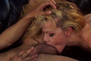 Dziki sex z blondynką