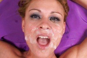 Sperma na twarzy