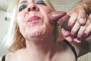 Sex z babcią