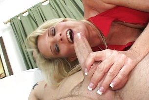 Dojrzała dupa preferuje młode penisy